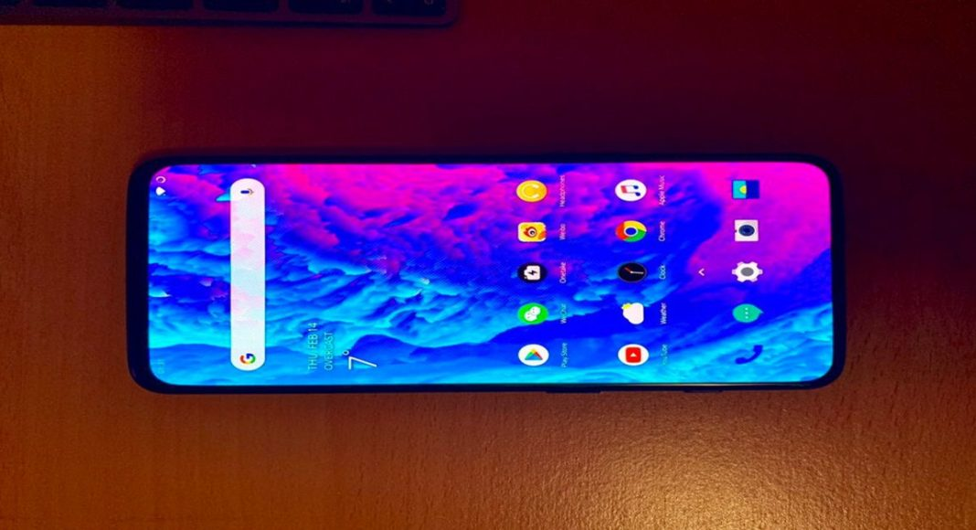OnePlus 7 image leaked online, shows a notch-less display